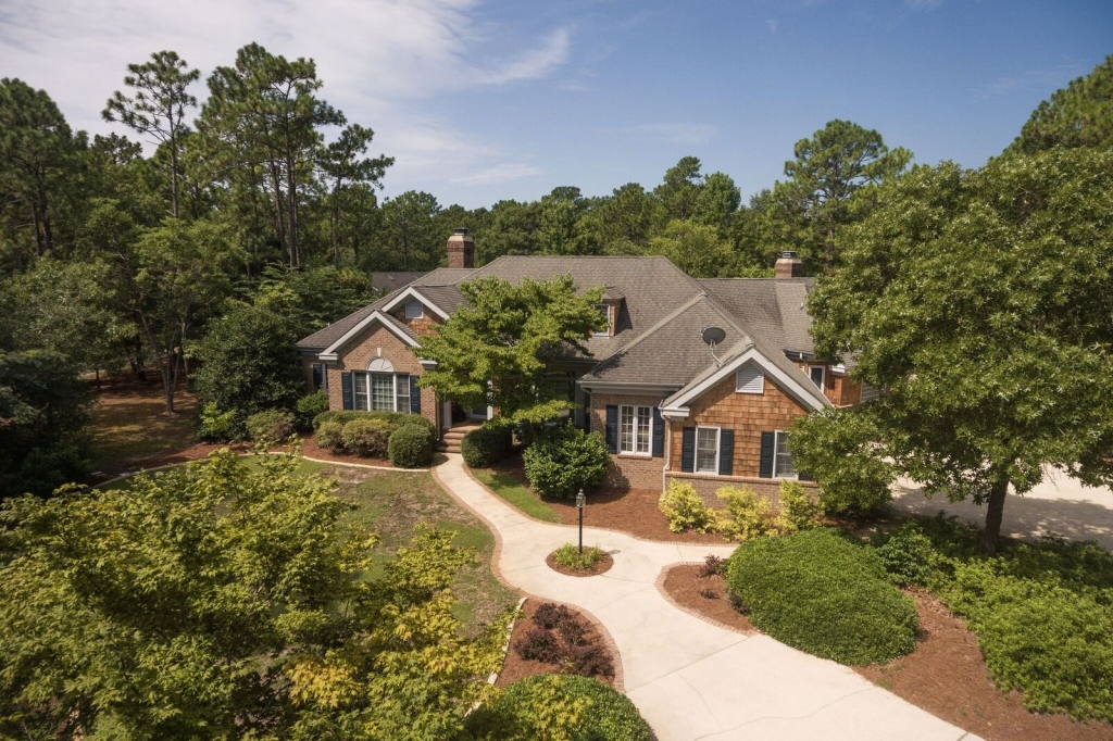 Custom Home on 3 Acres...(SOLD) (2)