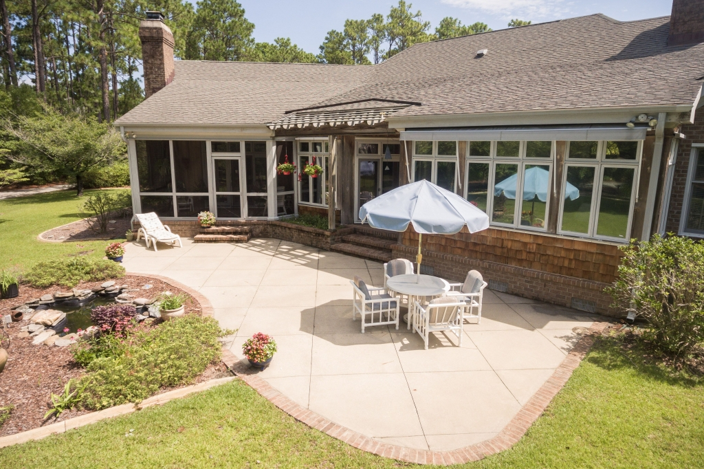 Custom Home on 3 Acres...(SOLD) (15)