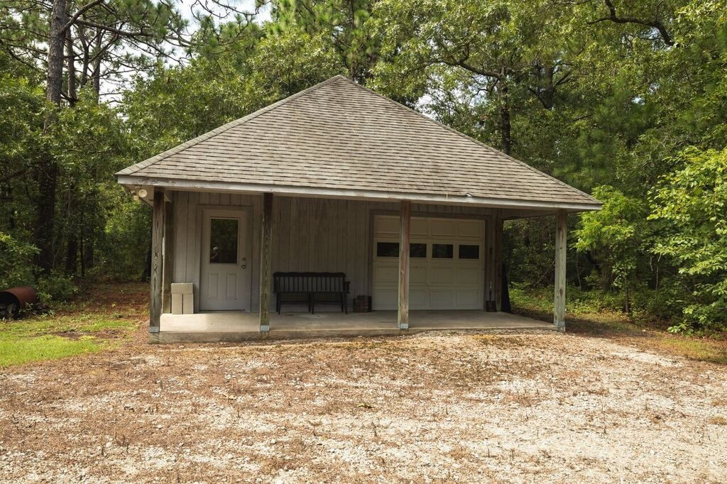 Custom Home on 3 Acres...(SOLD) (23)